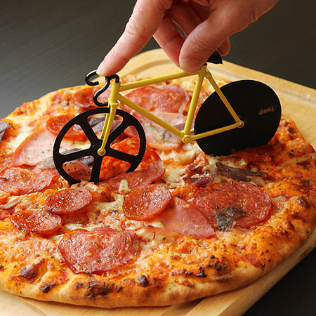 برش زن پیتزا طرح دوچرخه